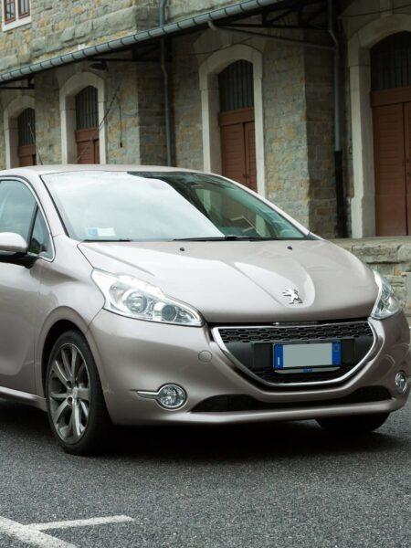 Peugeot 208_1